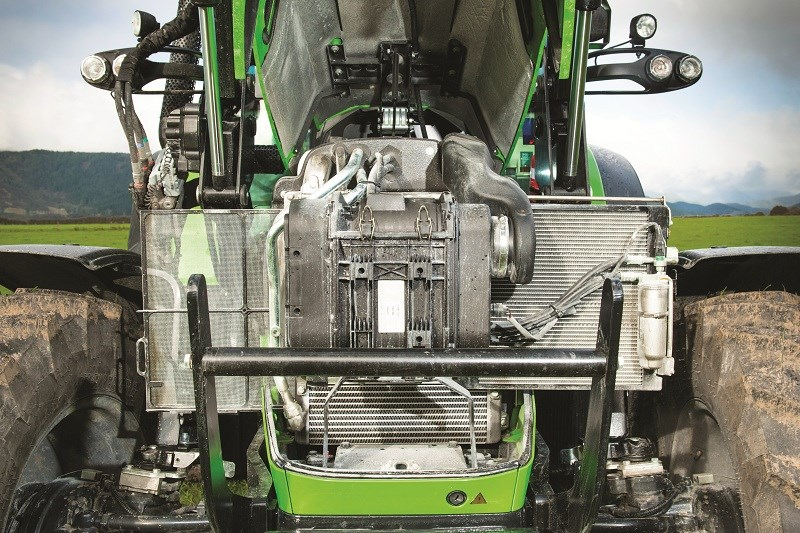 NFM Deutz Fahr 5130 engine