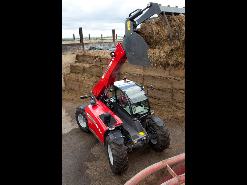 Massey Ferguson MF9407S telehandler at work