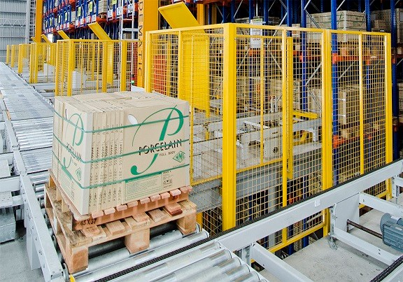 Dematic Rapidstore UL Pallet In-Out Feed