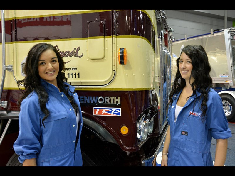 BrisbaneTruckGirls