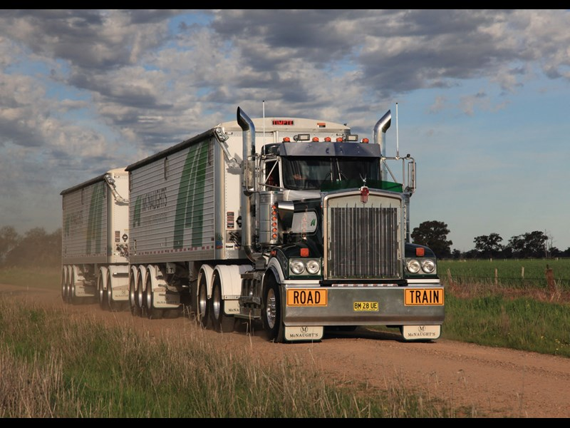 Pauls kenworth t904 used truck kenworth t904 3 publicscrutiny Images