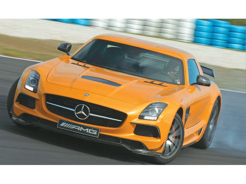 Mercedes-Benz SLS Black