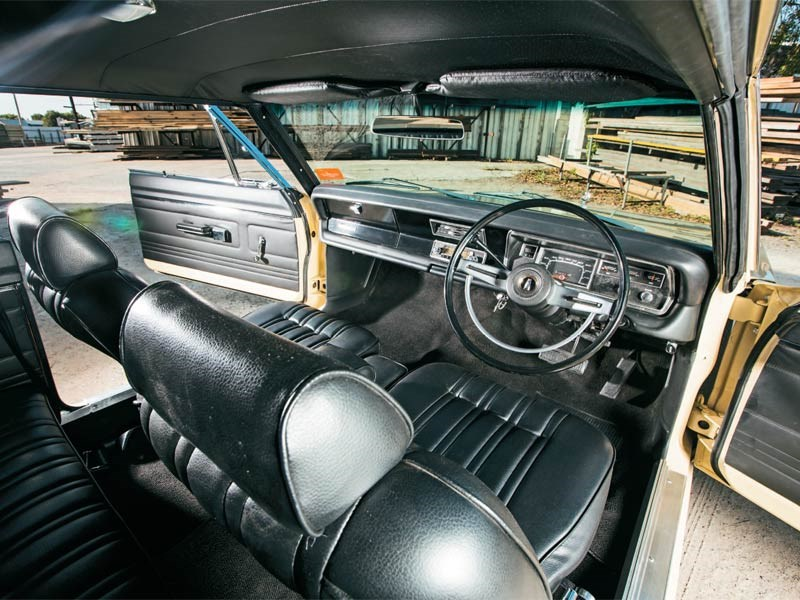 1969 VF Valiant Regal 770 Hardtop