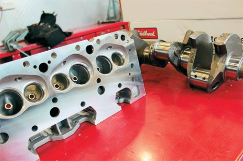 Project Chevrolet 350 small-block engine
