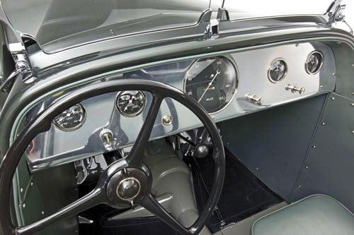 Ford Speedster: Dash was updated during a 1939 redesign