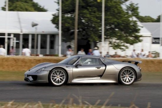 Goodwood hillclimb: Porsche 918 Spyder