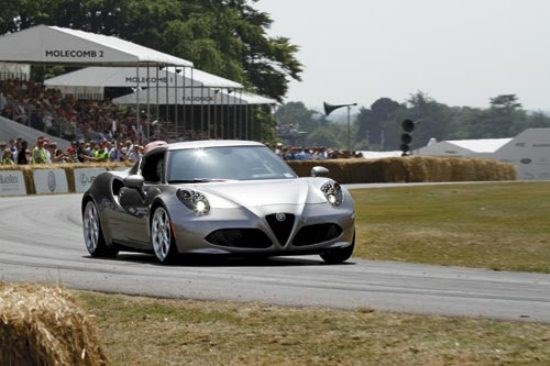 Goodwood Hillclimb: Alfa Romeo 4C