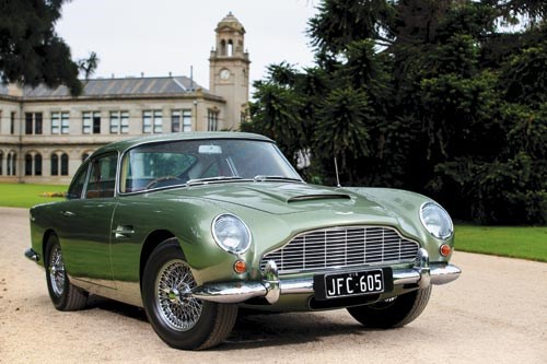 Aston Martin DB4 Series 5