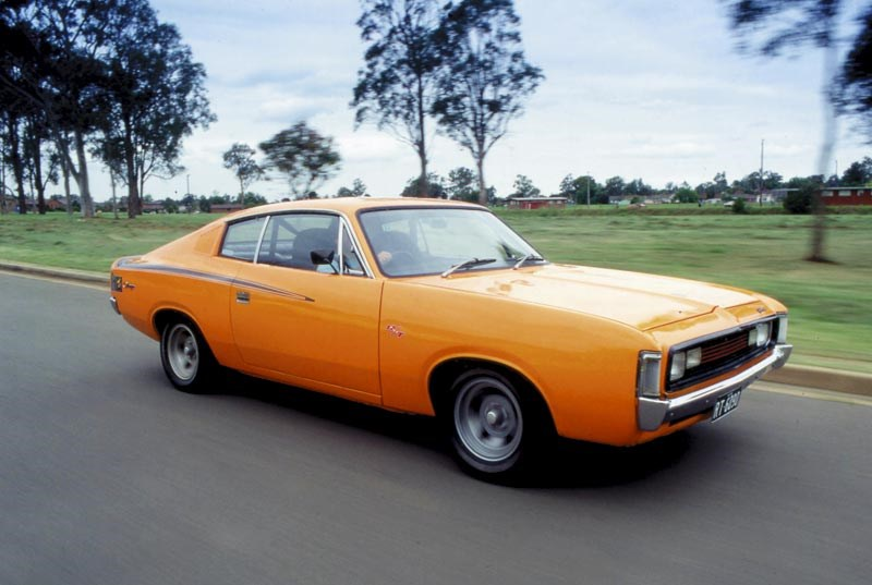 1971-Chrysler-Valiant-VH_11-(E38-Chr).jpg