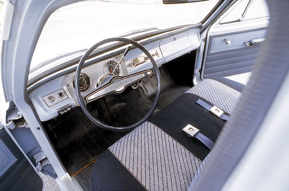 Holden HR left-hand-drive interior