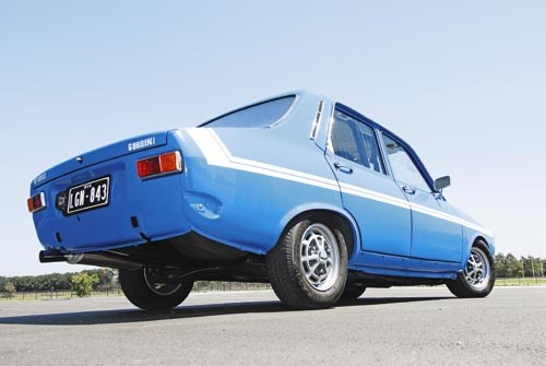 Renault 12 Gordini rear view