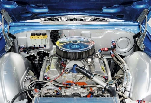 Holden HQ Monaro Engine