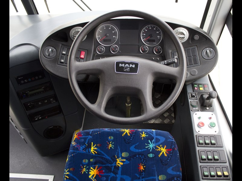 driver's seat steering wheel on MAN A91/S120