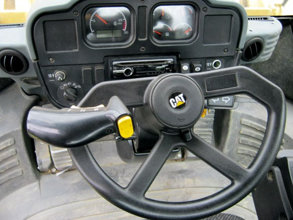 Caterpillar 966H command control steering.jpg