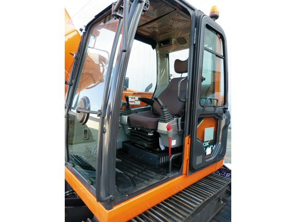 Doosan DX 140LCR-copy-5.jpg