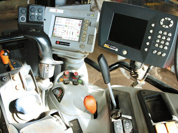 MF7485-Dyna-VT-controls-1m.jpg