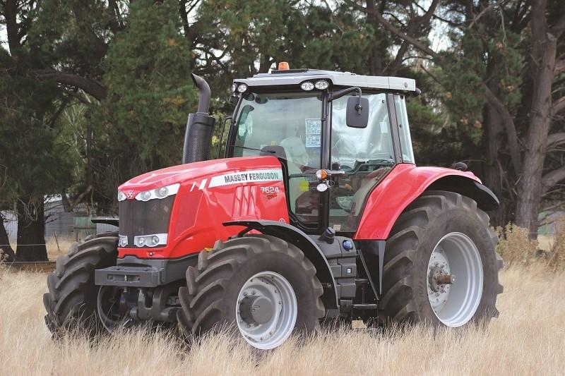 Massey Ferguson 7624 tractor review