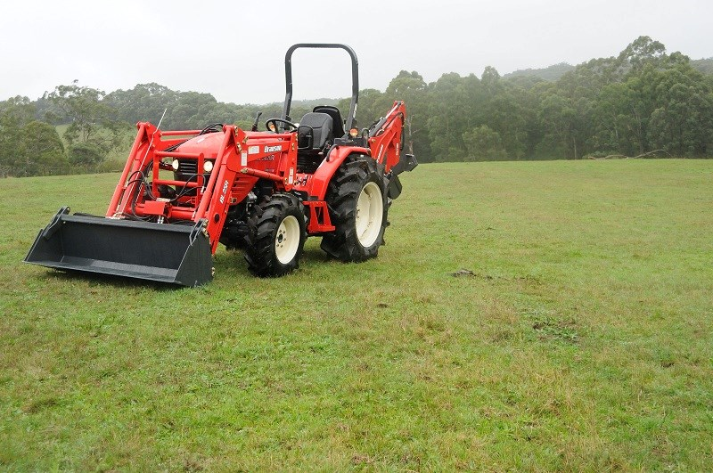 Branson 5820R tractor review