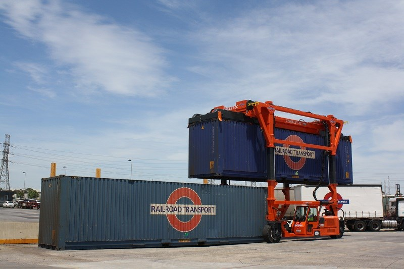 Combilift SC3 T Container Handler Straddle Carrier 2