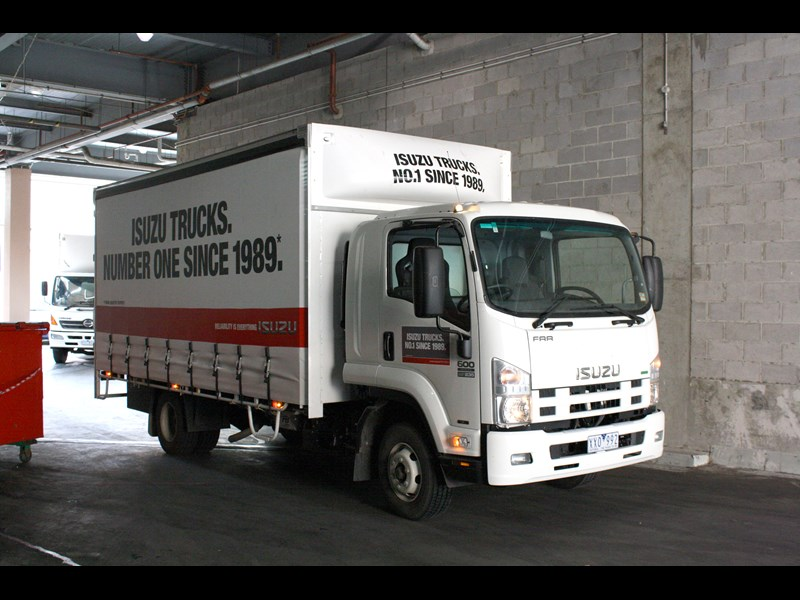 Isuzu Trucks FRR 600 | Review