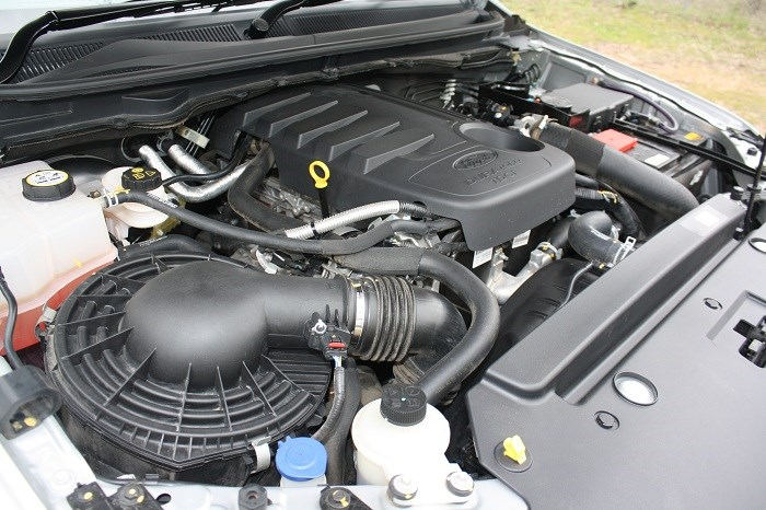Ford Ranger Wildtrak 4x4 engine