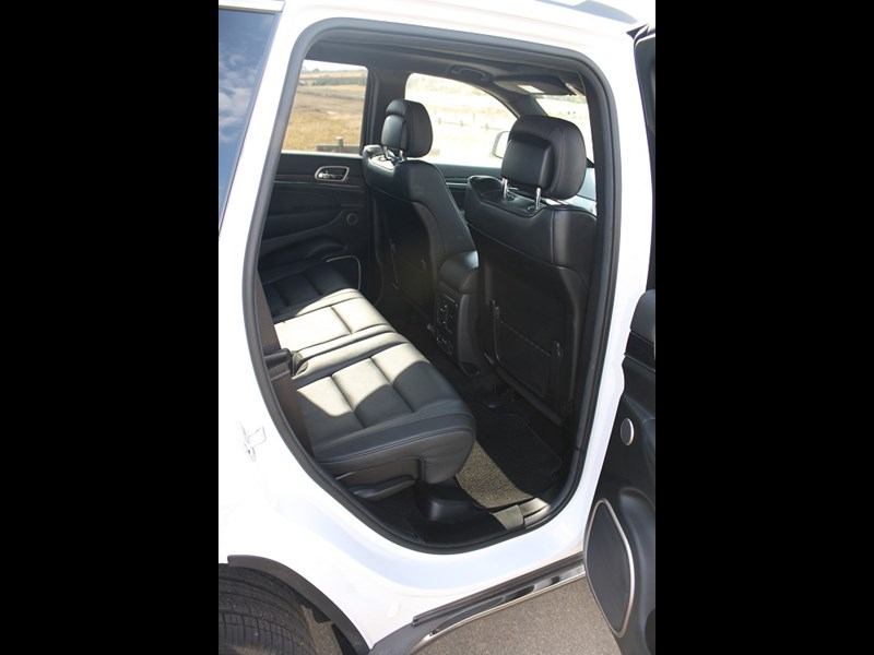 Jeep Grand Cherokee rear seats