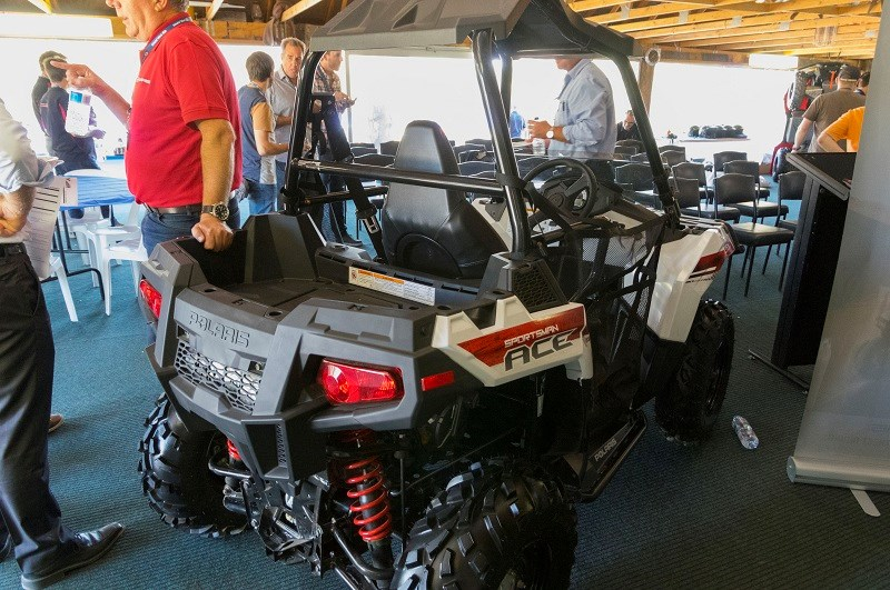 Polaris Sportsman ACE rear