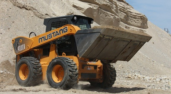 Mustang The Beast Skid steer loader