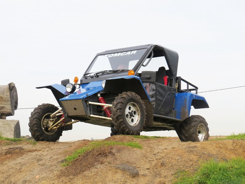 Tomcar ultility vehicle front