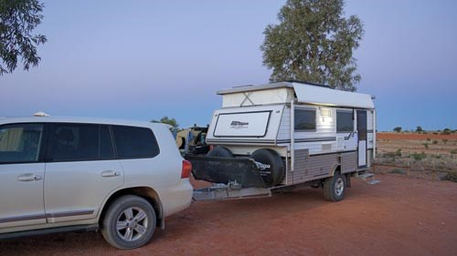 Bushtracker 14ft pop-top caravan-04.jpg