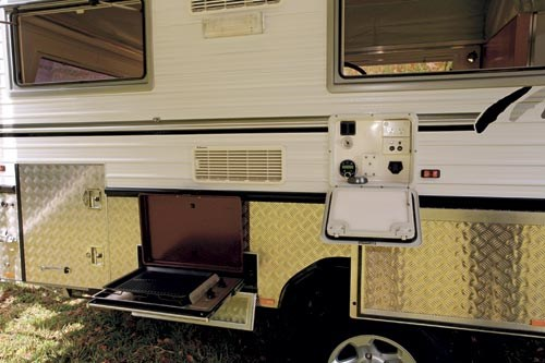 Bushtracker 14ft pop-top caravan-20.jpg