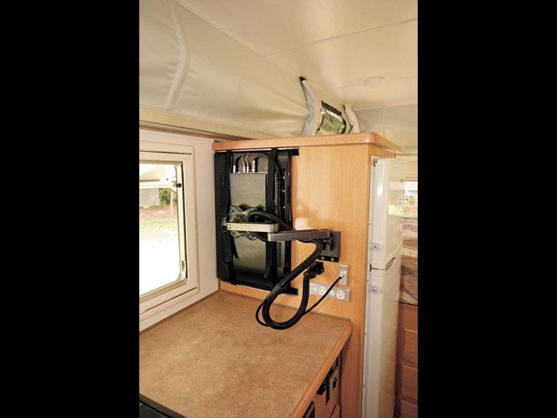 Bushtracker 14ft pop-top caravan-21.jpg