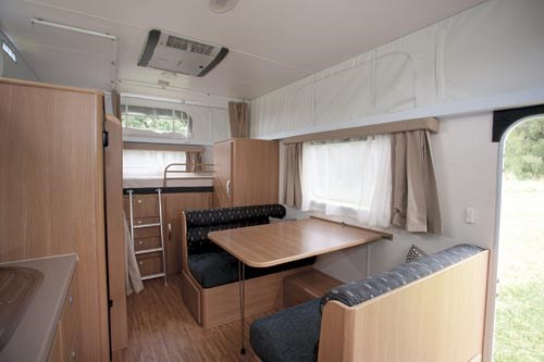 JAYCO STARCRAFT 16.67.SC POP-TOP-05.jpg