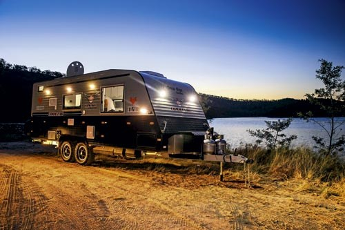 NEW AGE CARAVANS COMMANDO 20-12.jpg