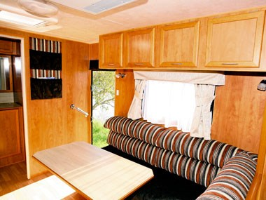 Retreat Caravans Hayman dinette
