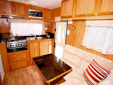 Billabong Caravans Eagle Bay caravan big kitchen and dinette
