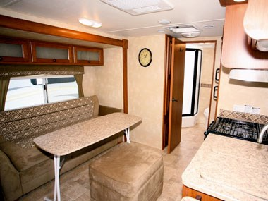 dinette and seating in the CruiserRV Fun Finder X caravan