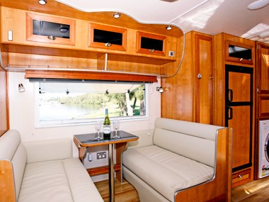Millard Pinnacle caravan dinette and seating