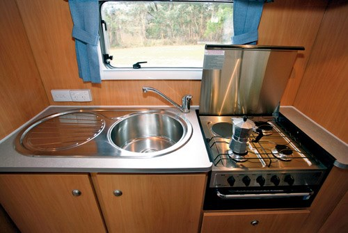 A'van Jenna HT 624 caravan sink and stove