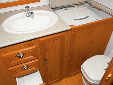 Aussie By Design Humpback Smart Van bathroom, sink and toilet