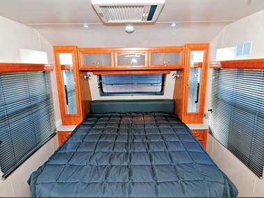 Newlands Caravans Onyx bed extended