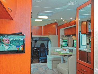 Presidential RV Navigator 24SAU view of lounge