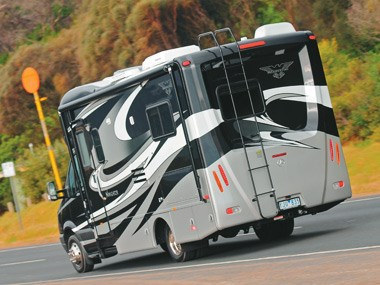 Presidential RV Navigator 24SAU on the road