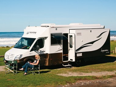 Paradise Motorhomes Inspiration Ultra settled by the ocean
