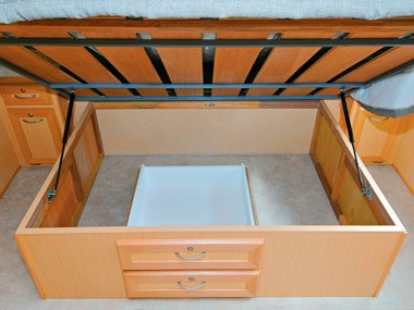 Evernew Caravans E100 under-bed storage