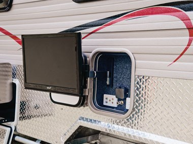 Spinifex EpiX caravan exterior, TV hooked up