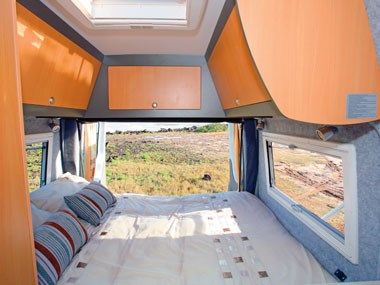 Horizon Acacia 4X4 motorhome spacious and airy view