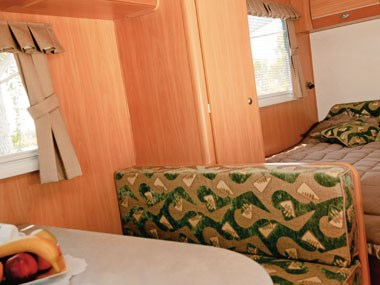 A'van Aspire 499 caravan interior bed