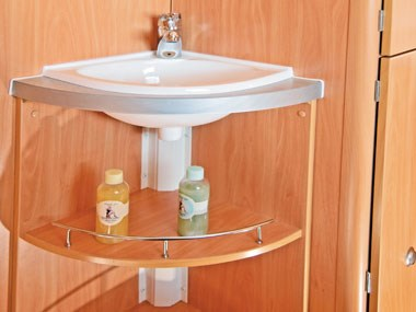 A'van Aspire 499 caravan interior sink and shelves