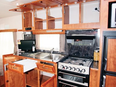 Franklin Oz Factor caravan kitchen